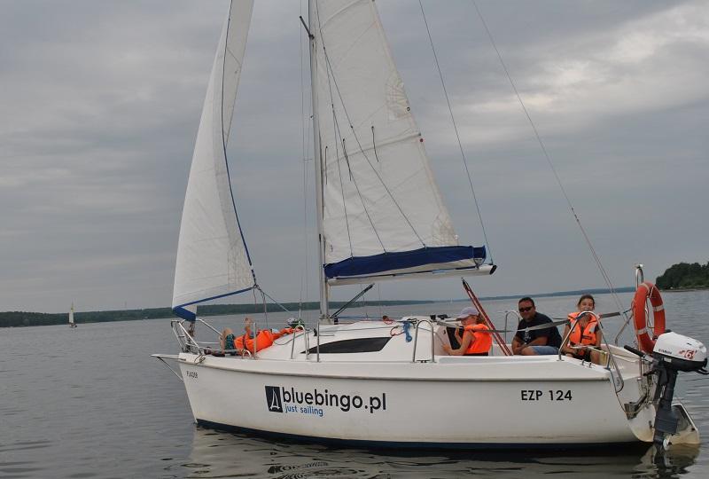 Szkolenia żeglarskie doskonalące nad Zalewem Sulejowskim