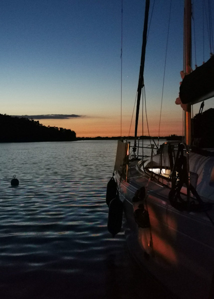 postój jachtu na mazurach